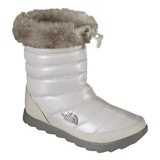 The North Face Thermoball Micro-Baffle Bootie Shiny Moonlight Ivory / Classic Khaki