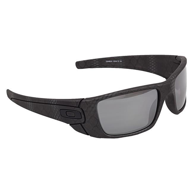 Oakley Fuel Cell Cerakote Limited Edition Black Iridium Polarized Ultrablend Black