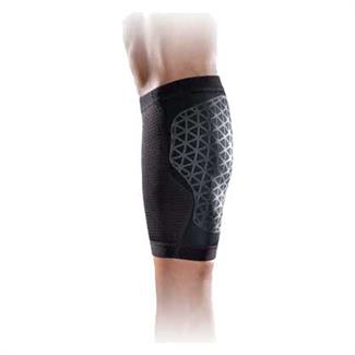 NIKE Pro Combat Hyperstrong Calf Sleeve Black / Black