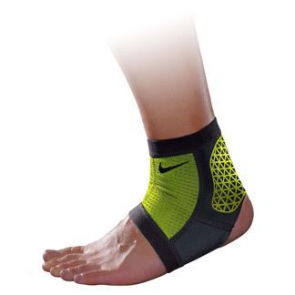 NIKE Pro Combat Hyperstrong Ankle Sleeve Black / Volt