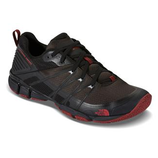 The North Face Litewave Ampere Triangle Maze Print / Ruby Red