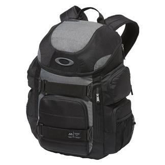 Oakley Enduro 30L 2.0 Backpack Blackout