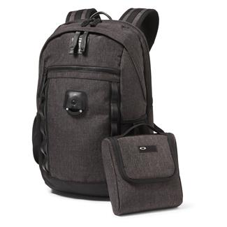 Oakley Voyage 22L Backpack Blackout