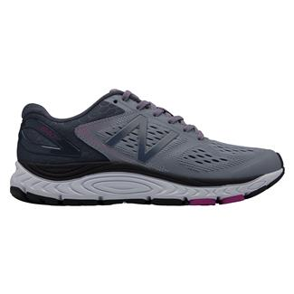 New Balance 840v4 Cyclone / Poisonberry
