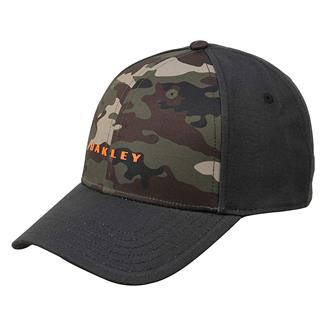 Oakley 6 Panel Camo + Solid Hat Blackout