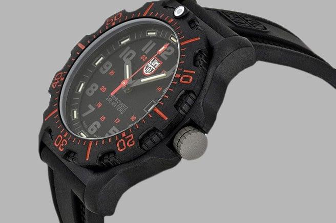 Luminox Black OPS 8895
