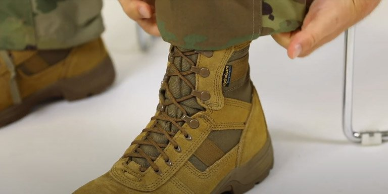 How to Blouse Your Military Boots - step 04
