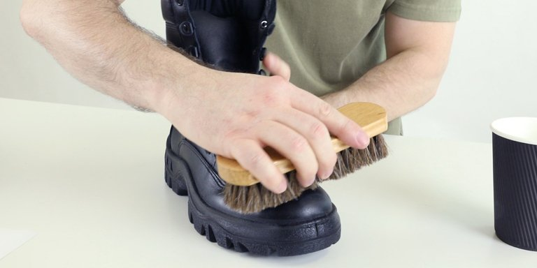 How to Polish Military & Tactical Boots
